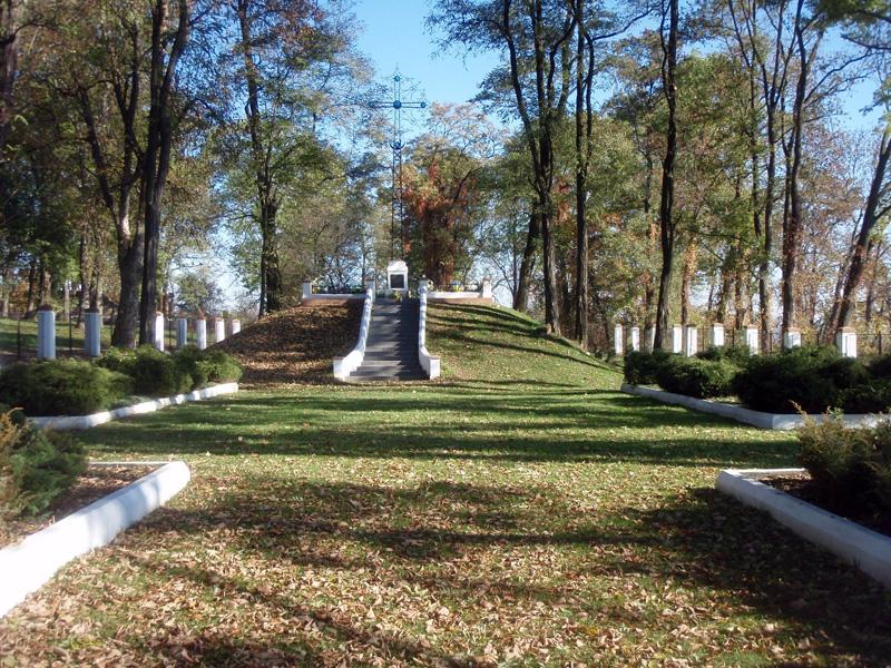 Cучасний вигляд українського військового цвинтаря у Пикуличах